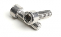 Stainless Steel Socket Cap Screws with Serration